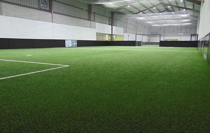 reserva de campo de futbol indoor en valladolid, aprende como un profesional, academia coerver adidas futbol valladolid